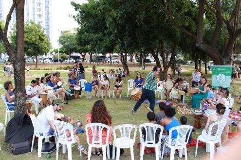 - Roda de Tambores na Praça Ana Lúcia Magalhães em comemoração ao Dia do Musicoterapeuta. 17/09/2016